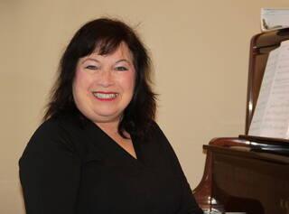 Brenda Odell, Associate Music Director